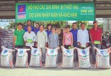Hỗ trợ trên 230 triệu đồng cho nông dân bị hạn, mặn xâm nhập tại Long An