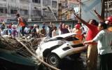 Sập cầu vượt Ấn Độ: 22 người chết, nhiều người kẹt trong đống đổ nát
