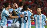 Bảng xếp hạng FIFA: Argentina lên số 1, Việt Nam tăng 2 bậc