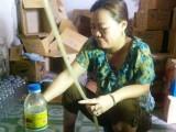 Rùng mình sản xuất giấm ăn bằng nước lã và axit