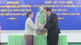 Lãnh đạo tỉnh Long An chúc tết Chol Chnam Thmay tại tỉnh Svay Riêng (Campuchia)
