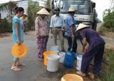 Huyện Cần Giuộc: Cấp nước sạch miễn phí cho nhân dân các xã vùng hạ