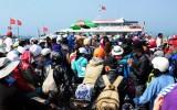 Du khách chật vật rời đảo Lý Sơn sau kỳ nghỉ lễ