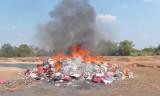 Đức Hòa – Long An: Tiêu hủy trên 331 ngàn gói thuốc lá nhập lậu