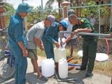 Long An: Tỉnh đội đưa nước ngọt về phục vụ nhân dân