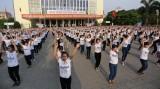 Gần 1.000 bạn trẻ nhảy flashmob chào mừng Festival Huế 2016