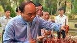 Thủ tướng dâng hoa tưởng nhớ Chủ tịch Hồ Chí Minh tại Nghệ An