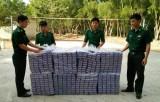 Long An: Đội Đặc nhiệm Phòng phòng, chống ma túy và tội phạm bắt 6.500 gói thuốc lá ngoại