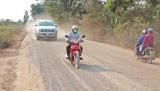 Hưng Điền gặp khó trong tiêu chí giao thông