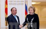 Thủ tướng Nguyễn Xuân Phúc gặp Chủ tịch Hội đồng Liên bang Nga