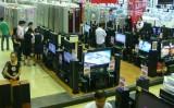 Thị trường bán lẻ: Tránh bị thâu tóm bằng nhượng quyền thương mại?