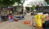 Tân Hưng: Cần chấn chỉnh việc buôn bán trước cổng Trung tâm Y tế huyện
