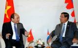 Thủ tướng tiếp xúc song phương bên lề Hội nghị Cấp cao ASEAN-Nga