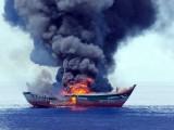 Palau đốt một tàu cá Việt Nam đánh bắt thủy sản trái phép