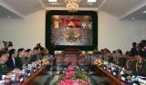 Bộ trưởng Ngô Xuân Lịch thăm Campuchia, thúc đẩy hợp tác quốc phòng