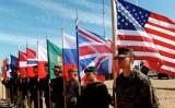 NATO chọn cả đối thoại và phòng vệ trong quan hệ căng thẳng với Nga