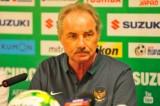 HLV Alfred Riedl dẫn dắt ĐT Indonesia ở AFF Cup 2016