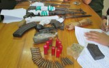 Bắt đối tượng buôn ma túy trang bị cả kho vũ khí nóng để phòng thân