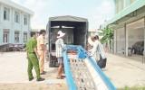 Đức Hòa: Bắt giữ 8.700 gói thuốc lá ngoại nhập lậu