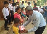 Long An – Tiền Giang: Khám bệnh, phát thuốc cho 400 người dân biên giới