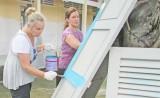 Đoàn tình nguyện quốc tế Úc xây tặng nhà đại đoàn kết và sửa chữa trường học