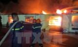 Cháy rất lớn hàng vạn mét vuông nhà xưởng ở Hải Phòng