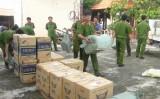 Đức Huệ: Bắt giữ 22.500 gói thuốc lá ngoại nhập lậu