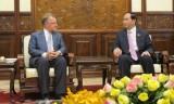 Chủ tịch nước Trần Đại Quang tiếp Giáo sư John A. Quelch