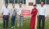 Agribank Chi nhánh Long An hỗ trợ sân chơi cho Trường tiểu học Nguyễn Trung Trực