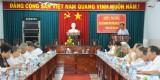 Thủ Thừa báo cáo tình hình kinh tế - xã hội cho cán bộ chủ chốt  nghỉ hưu