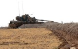 Thổ Nhĩ Kỳ lại điều thêm xe tăng tiến vào lãnh thổ Syria