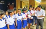 Hội Khuyến học xã An Thạnh đồng hành cùng học sinh
