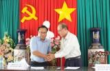 Thủ Thừa: Ký kết chương trình phối hợp bảo vệ môi trường