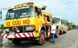 Tân Trụ: Lật xe chở công nhân, 5 người bị thương nhẹ