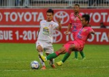 Vũ Văn Thanh đoạt giải Cầu thủ trẻ xuất sắc nhất V-League 2016