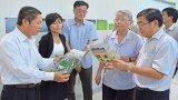 Nguyên Chủ tịch nước Trần Đức Lương thăm KCN Long Hậu