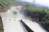 Hà Tĩnh: Hơn 100.000 học sinh vẫn phải nghỉ học do mưa lũ