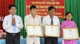 Chủ tịch UBND tỉnh Long An - Trần Văn Cần dự Ngày hội Đại đoàn kết tại Châu Thành