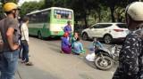 Xe buýt cán chết người giữa trung tâm Sài Gòn