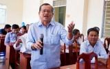 Cử tri Thủ Thừa phản ánh tình trạng xuống cấp của Đường tỉnh 817
