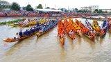 Tưng bừng lễ hội đua ghe ngo của đồng bào Khmer ở Sóc Trăng