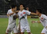 Việt Nam đánh bại chủ nhà Myanmar ở trận ra quân AFF Cup 2016
