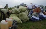 Tiếp tục tiêu hủy gần 63.000 gói thuốc lá lậu