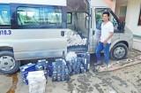 Tân Thạnh bắt giữ xe ô tô vận chuyển thuốc lá ngoại nhập lậu