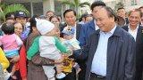 Thủ tướng tìm hiểu đời sống người dân Khu nhà ở xã hội Đặng Xá