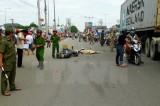 Tai nạn giao thông nghiêm trọng ở Bình Phước, xe máy đấu đầu xe tải