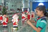 Đức Hòa nhộn nhịp thị trường Noel