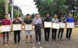 Trao bằng khen tặng 7 thanh niên dũng cảm cứu người trong lũ dữ