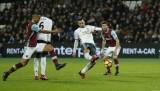 Ibrahimovic ghi bàn việt vị, M.U đá bại 10 người West Ham