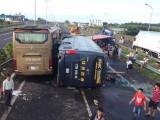 Tai nạn liên hoàn trên cao tốc, 1 người chết, 17 người bị thương